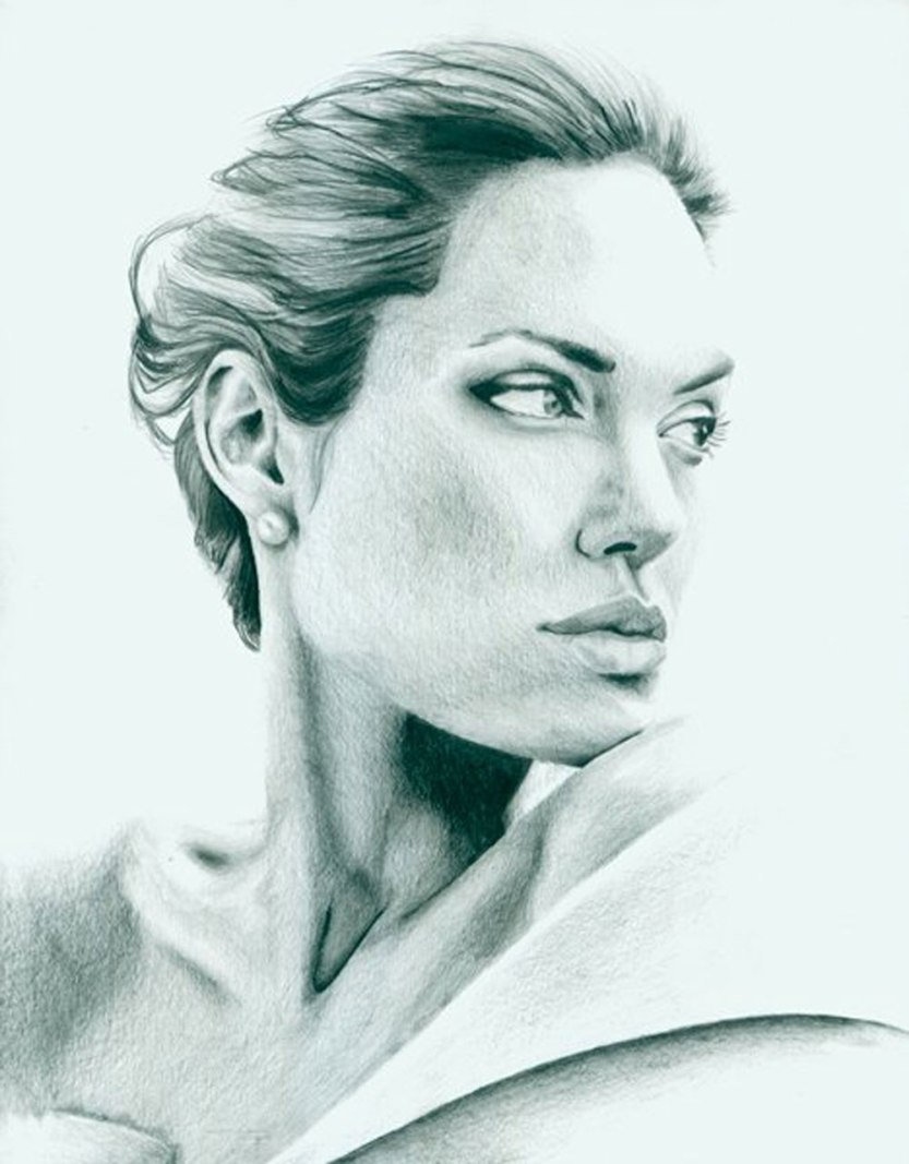 Angelina_Jolie_1000px